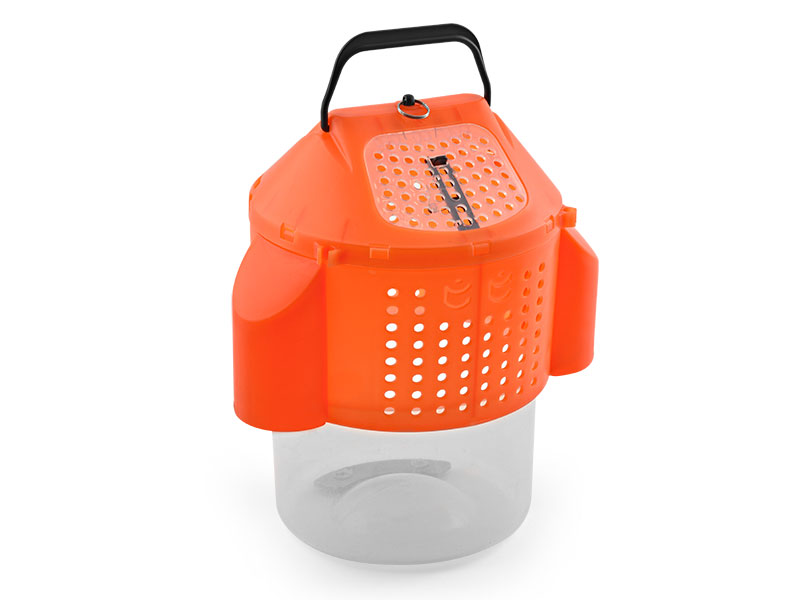 Collapsible Bait Bucket